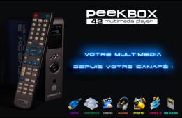 Gros plan sur le packshop du disque dur multimédia PeekBox